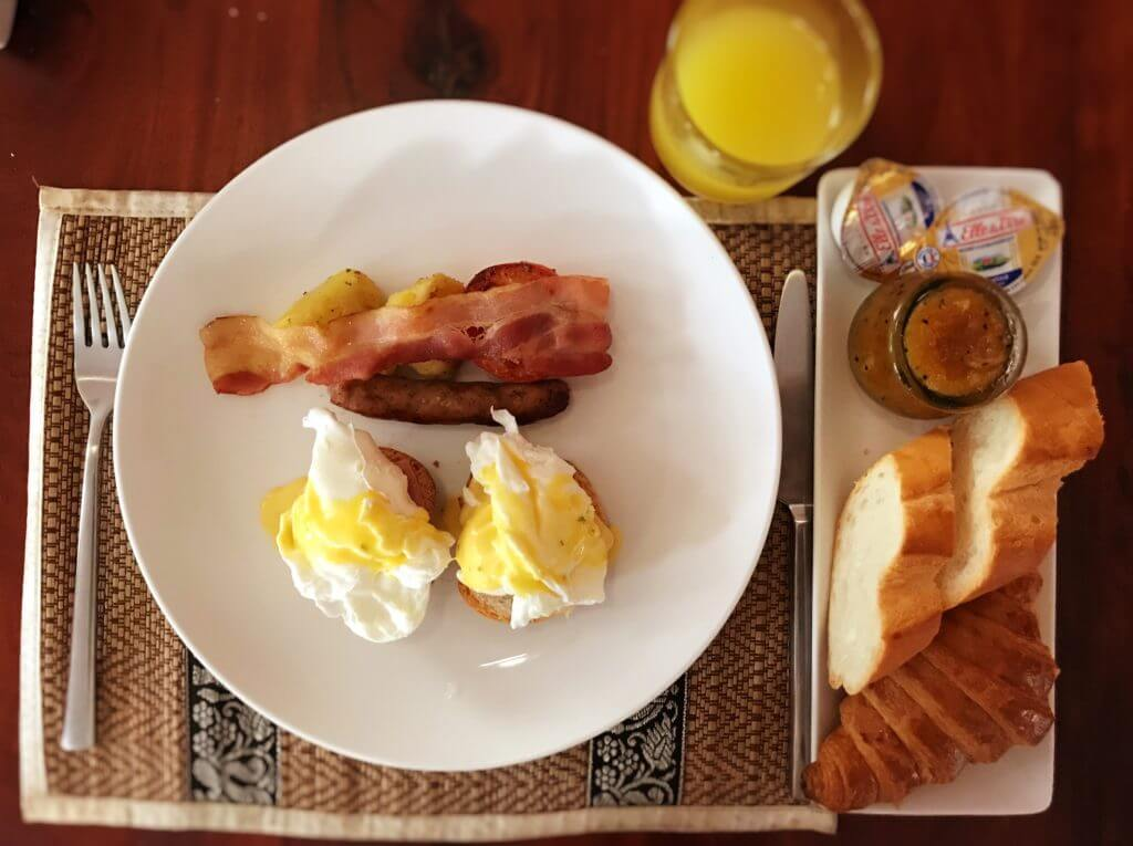 chez moi - breakfast